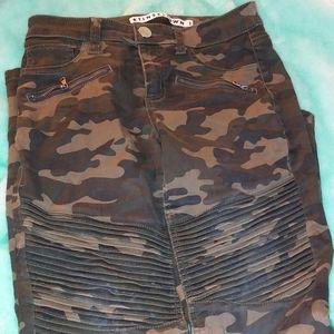 Rue 21 Army print pants